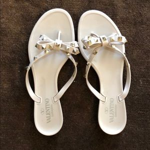 Nude Valentino Bow with Studs Flip Flops size 40